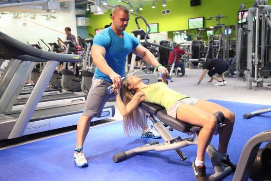 Занятия в тренажерном зале для похудения