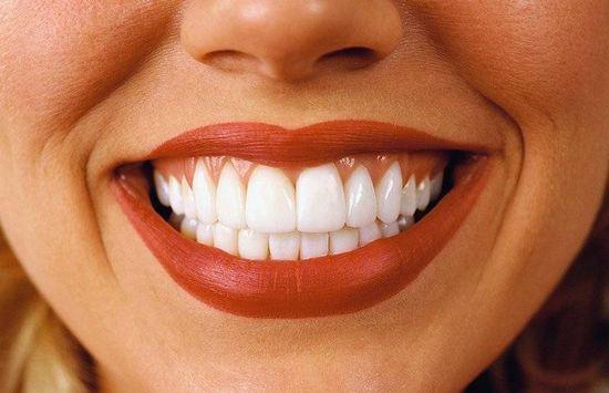 Идеальная улыбка или как правильно вести уход за зубами