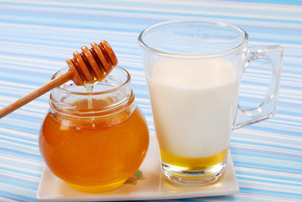 Мед и козье молоко