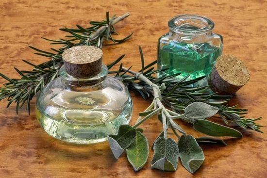 Эфирные масла для лица: польза и применение