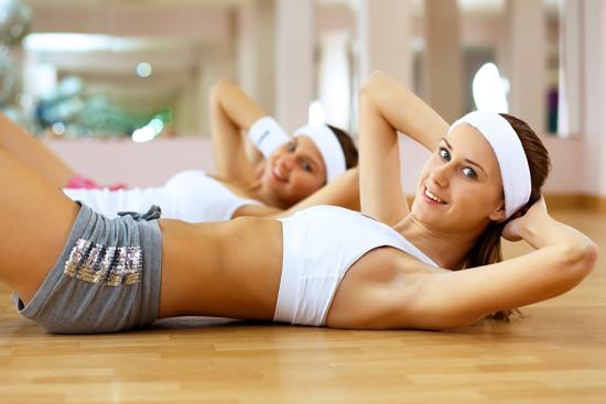 Начинаем качать пресс для похудения живота: упражнения