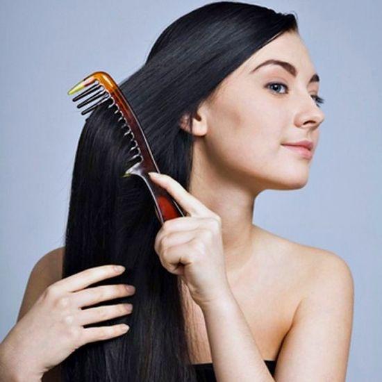 Выбор средств и аксессуаров для ухода за волосами